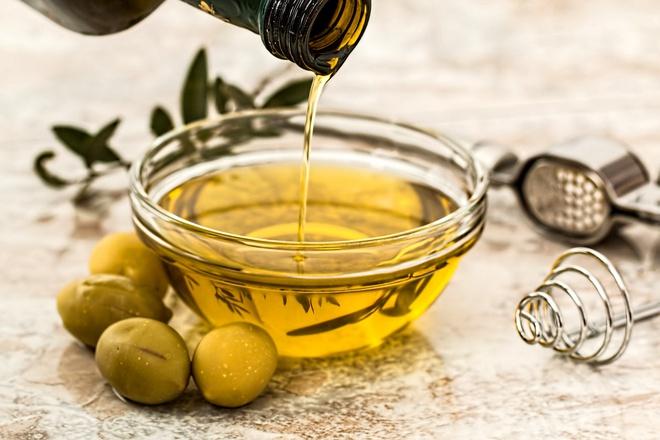 Mách bạn bí quyết làm đẹp với dầu oliu