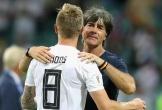Kroos bảo vệ Low trước chỉ trích từ Ballack