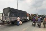 Xe tải gây tai nạn liên hoàn làm 4 người thương vong