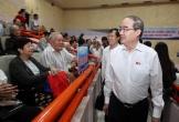 Bí thư Nguyễn Thiện Nhân đang tiếp xúc cử tri quận 2