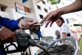 Giá xăng A95 giảm 144 đồng/lít từ 15h