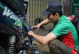 Anh thợ ở Đà Nẵng sửa miễn phí xe bị hỏng do ngập nước