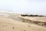 Quảng Bình: Kinh hoàng phát hiện thi thể không đầu, cụt tứ chi bên bờ biển