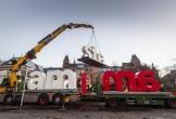Biểu tượng nổi tiếng 'I amsterdam' ở Hà Lan bị tháo bỏ