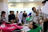 Hàng chục học sinh tiểu học nhập viện sau buổi liên hoan