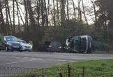 97 tuổi, phu quân nữ hoàng Anh vẫn lái xe, gặp tai nạn