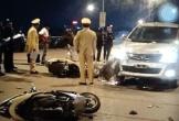 Ô tô tông liên tiếp 2 xe máy, 4 người bị thương nặng
