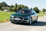 Audi lần đầu tiên ra mắt sedan hạng sang A8 plug-in hybrid