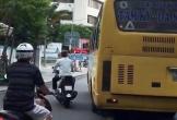 Đà Nẵng điều tra xe buýt lấn làn, ép xe máy khiến dân mạng giận dữ