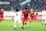 Tiến Linh tung cú sút xa đẳng cấp, mở tỷ số 1-0 cho tuyển Việt Nam