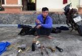 """Đà Nẵng: Bắt đối tượng thuê xe máy """"xịn"""" chở súng điện đi trộm chó"""