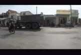 Video: Nam thanh niên bốc đầu xe máy và cái kết ngã sấp mặt