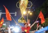 Mr Đàm đi bão, Tuấn Hưng video call với Văn Hậu khi U22 Việt Nam giành HCV SEA Games 30