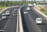 Nhiều doanh nghiệp vận tải bị thu hồi phù hiệu phương tiện vi phạm tốc độ