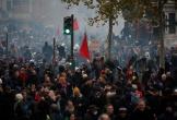 Toàn nước Pháp đình công rầm rộ: Mạng lưới giao thông tê liệt, trường học đóng cửa