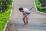 Công Phượng khốn khổ đi tìm bóng sau khi tập chơi golf khiến fan cười bò