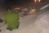 """""""Xe điên"""" Mercedes cuốn xe máy, xe đạp vào gầm, 3 người phụ nữ thương vong"""