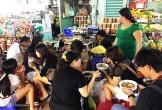Hàng bánh canh rẻ nhất chợ Bến Thành, giá 50.000 đồng một tô