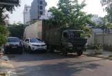 Xe cảnh sát chắn đường gây ách tắc giao thông