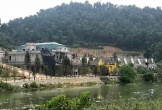 Xẻ thịt đất rừng Sóc Sơn: Huyện ăn bớt hàng trăm công trình sai phạm