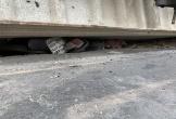 3 mẹ con, bà cháu tử vong khi thùng xe đầu kéo đổ đè trúng
