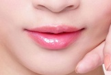 5 cách giúp môi hồng không cần son