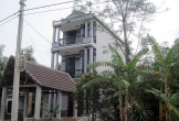 Làng tỷ phú ở Đà Nẵng: Tha hương sang Lào, trở về trên xe ô tô, xây nhà lầu