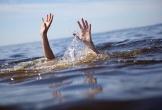 Ra sông tắm mát, 3 học sinh chết đuối thương tâm