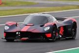 Siêu xe nổi tiếng bất ngờ xuất hiện tại đường đua nước Anh
