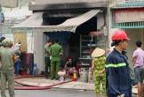 Bình ga phát nổ trong quán ăn, người đàn ông mắc kẹt trong đám cháy