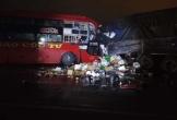 Hiện trường vụ xe khách giường nằm đối đầu với ôtô tải