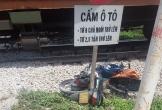 Cố băng qua đường sắt, người phụ nữ bị tàu hàng tông trúng