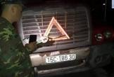 Một tài xế tử vong không rõ nguyên nhân trên xe container
