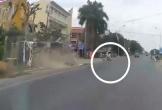 Xe bồn đánh lái, cứu mạng 2 bé gái sang đường thiếu quan sát