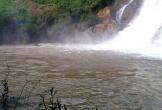 Tắm thác ở làng Mèo, 3 người bị cuốn mất tích