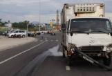 Xe tải tông taxi tại ngã tư, một hành khách tử vong