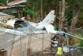 Máy bay đâm xuống nhà dân, 7 người thiệt mạng