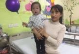 Bé gái 2 tuổi rưỡi cần gấp 60 triệu đồng mổ tim