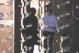 Phạm Băng Băng lộ hình ảnh tay ôm bụng, bước đi thận trọng ở bệnh viện phụ sản