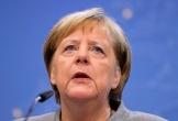 Ô tô lao vào cổng văn phòng Thủ tướng Đức Angela Merkel