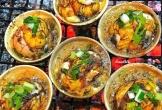 Vịt lộn nướng muối ớt một ngày bán 800 trứng, món ăn kinh dị nhưng có sức hút khó cưỡng