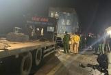 Hai người tử vong sau vụ tai nạn ô tô tải tông xe rơ-móoc