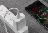 Tranh cãi về lãng phí điện khi sạc điện thoại để không