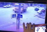 Va chạm với xe tải khi sang đường, bé gái tử vong tại chỗ