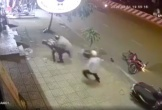 Video tổ công tác phòng chống dịch COVID-19 truy bắt 2 thanh niên trộm xe máy