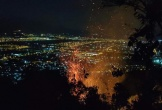 Đà Nẵng: Rừng vẫn cháy, lực lượng chức năng đã... về nhà nghỉ