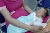 Bé gái sơ sinh bị mẹ bỏ lại trong bệnh viện ở Sài Gòn
