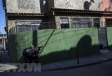 Đánh sập tường nhà giam bằng thuốc nổ, gần 30 tù nhân nguy hiểm Brazil vượt ngục