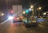 Tông vào đuôi xe container, 1 người chết, 1 người bị thương