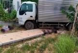 Xe máy 'kẹp 3' tông xe tải, 2 thanh niên tử vong tại chỗ